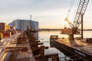 Kaimauer vor MV Werften Wismar