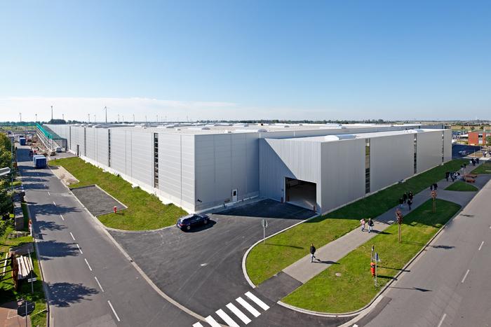 Neubau Logistikzentrum VW LOC Emden Halle 9