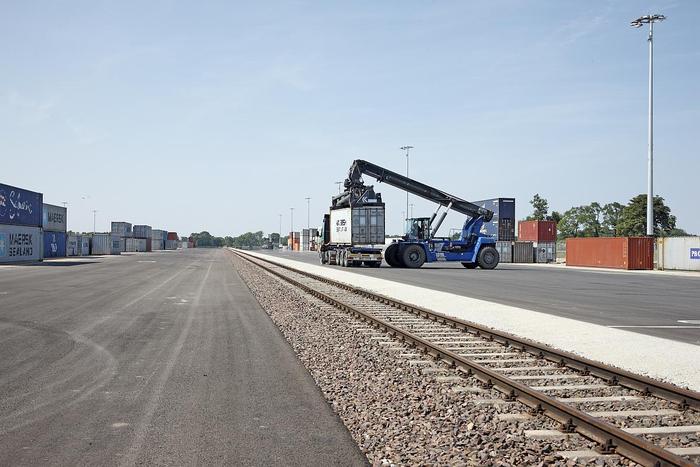 Containerterminal für HHLA Intermodal Polska Sp. z o. o. in Kornik/Polen